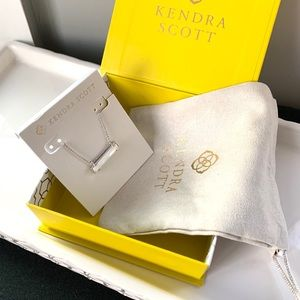 NWT Kendra Scott Rhodium mother pearl pendant